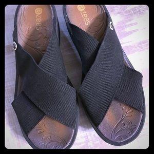Bzees Desire sandals